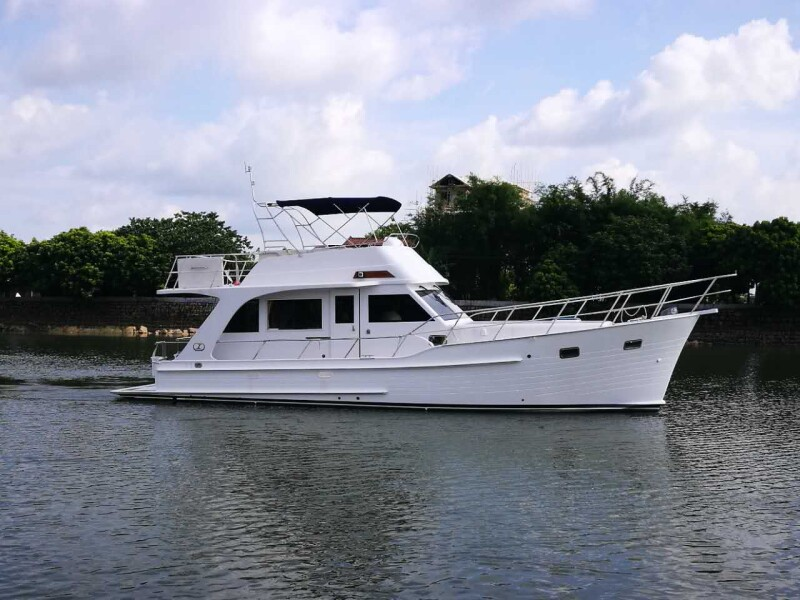 Integrity 440 Flybridge